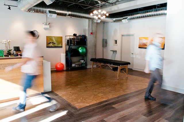 Top rated service at Chicago Chiropractor Aligned Modern Health in Lincoln Park