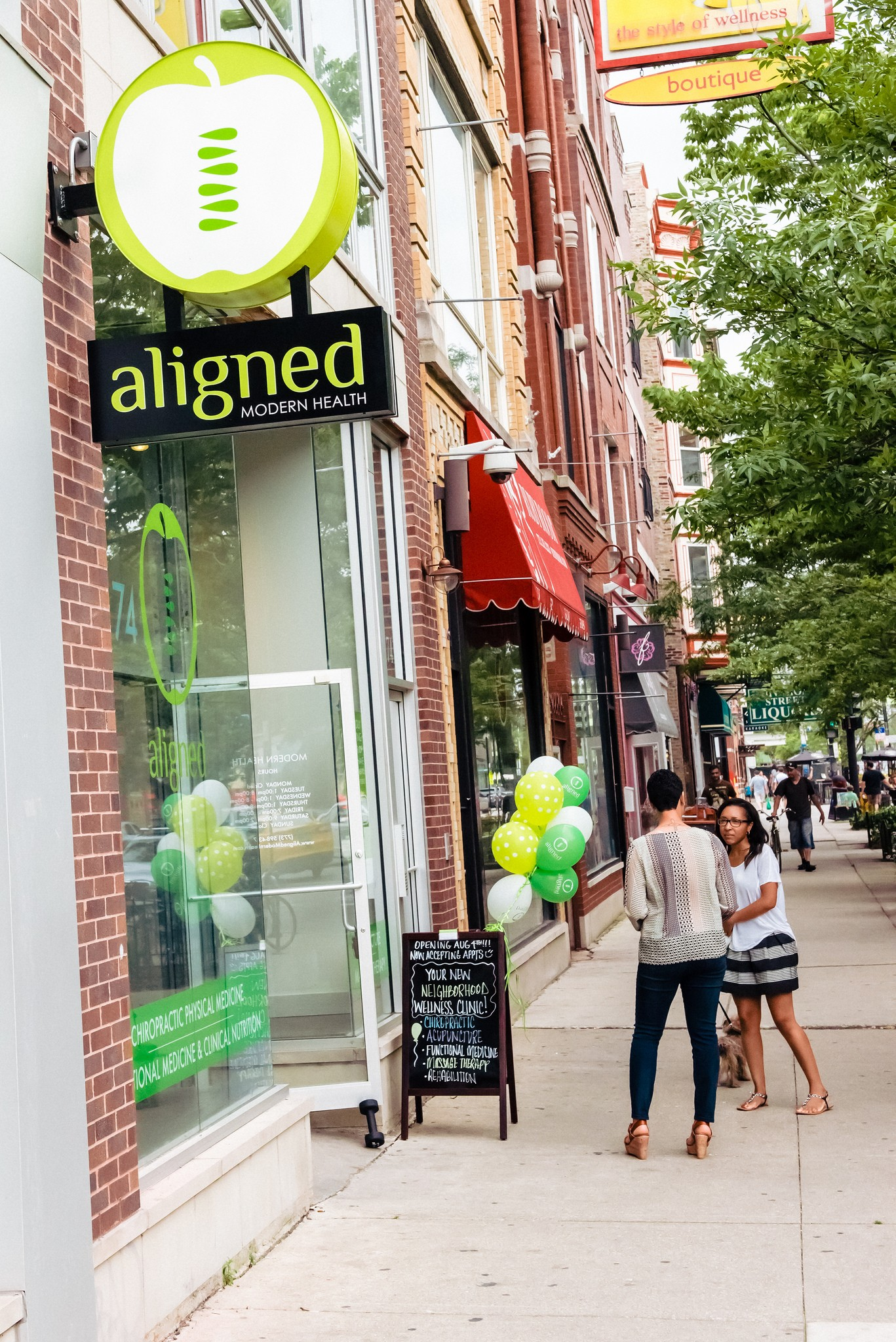 Aligned Modern Health in Wicker Park - Acupuncture and Chiropractic