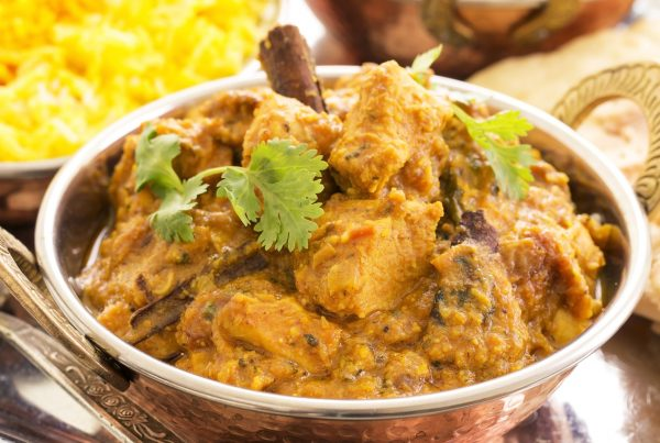 HEALTHY EATING   Slow Cooker Coconut Chicken Curry Recipe