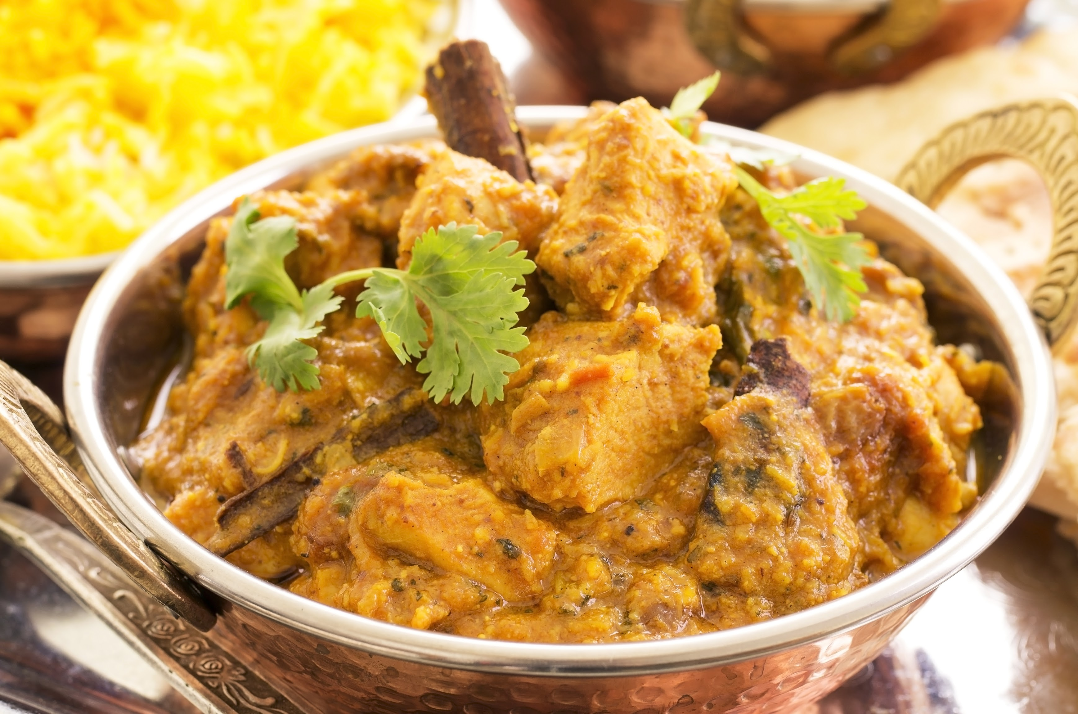 HEALTHY EATING | Slow Cooker Coconut Chicken Curry Recipe