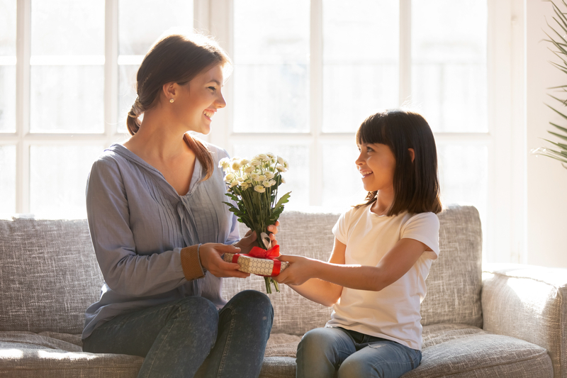Gift Ideas for Mom this Year
