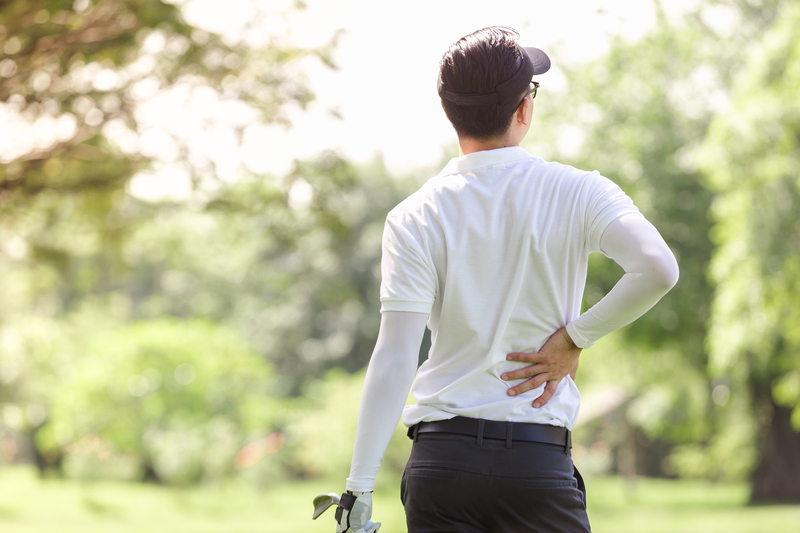 Avoid Golf Injuries and Improve Your Game